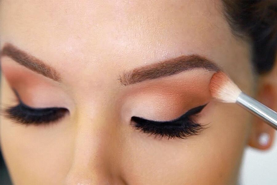 Cách trang điểm mắt đơn giản cho đôi mắt của nàng   Mudi Blog